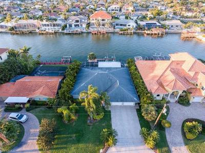 Single Family Home For Sale: 427 Seabee Ave