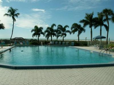 Marco Island Condo/Townhouse For Sale: 240 Seaview Ct #615