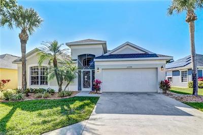 Estero Single Family Home For Sale: 23190 Shady Oak Ln