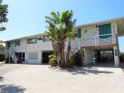 Bonita Springs Single Family Home For Sale: 250 1st St