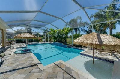Bonita Springs Single Family Home For Sale: 28500 Finch Ter