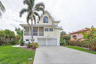 Naples Single Family Home For Sale: 1620 Avion Pl