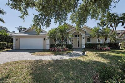 Naples Single Family Home For Sale: 830 Bentwood Dr
