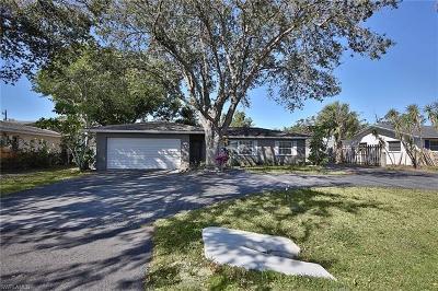 Naples FL Single Family Home For Sale: $275,000