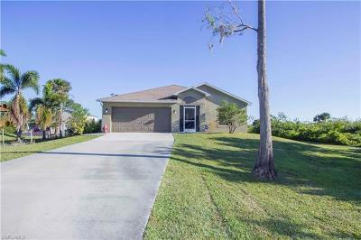 Naples Single Family Home For Sale: 3821 NE 35th Ave