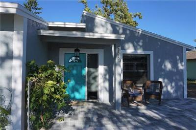 Naples Single Family Home For Sale: 9810 Whitehall St