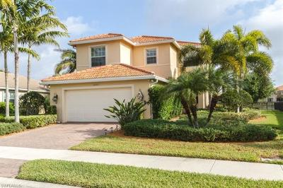 Fort Myers Single Family Home For Sale: 10305 Longleaf Pine Ct