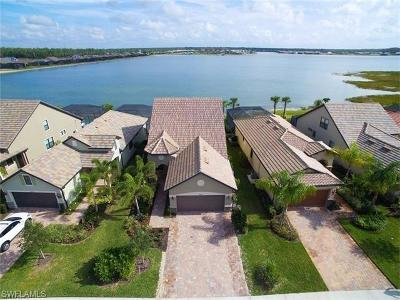 Estero Single Family Home For Sale: 20301 Corkscrew Shores Blvd