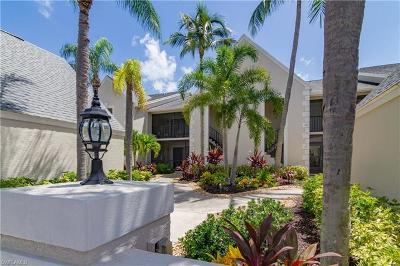 Fort Myers Condo/Townhouse For Sale: 16381 Kelly Woods Dr #158