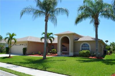Estero Single Family Home For Sale: 4121 Olde Meadowbrook Ln