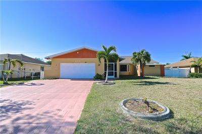 Cape Coral Single Family Home For Sale: 608 SW 21st Ter
