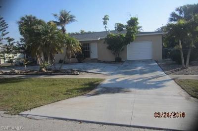 Marco Island Single Family Home For Sale: 245 Tahiti Rd