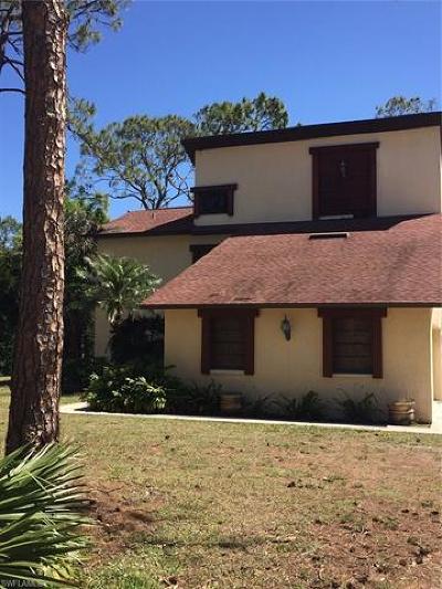 Naples Single Family Home For Sale: 1470 Oakes Blvd