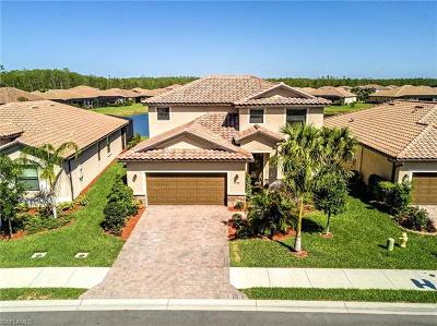 Fort Myers Single Family Home For Sale: 8948 Water Tupelo Rd
