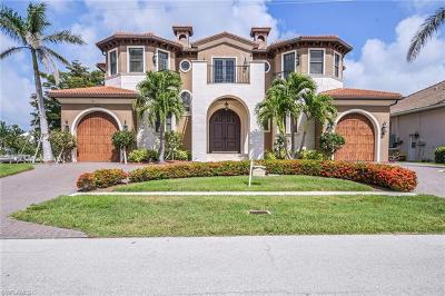 Marco Island Single Family Home For Sale: 1850 Apataki Ct