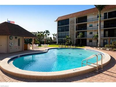Naples Condo/Townhouse For Sale: 2900 N Gulf Shore Blvd #103