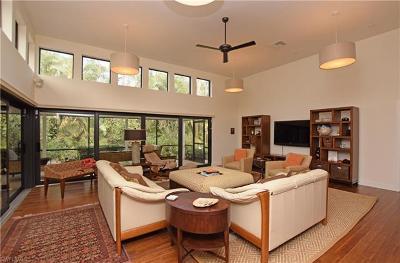 Single Family Home For Sale: 2294 Royal Ln
