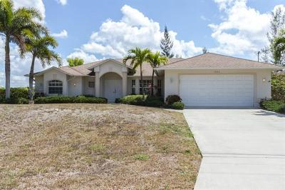 Cape Coral Single Family Home For Sale: 1903 SW 8th Ct
