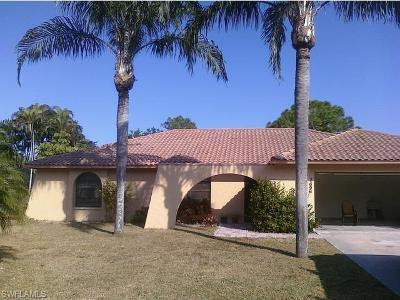 Bonita Springs Single Family Home For Sale: 3696 McComb Ln