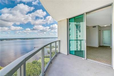 Fort Myers Condo/Townhouse For Sale: 3000 Oasis Grand Blvd #2807