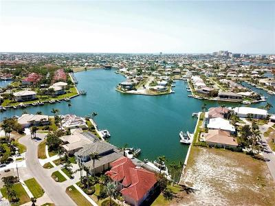 Marco Island Single Family Home For Sale: 1158 Strawberry Ct