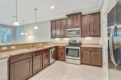 Fort Myers Condo/Townhouse For Sale: 19540 Bowring Park Rd #104