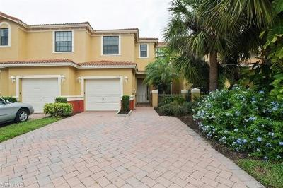 Naples Condo/Townhouse For Sale: 7588 Bristol Cir