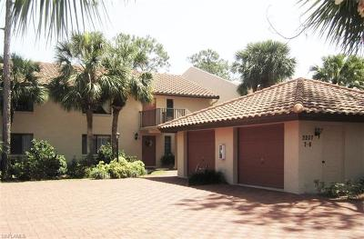 Naples Condo/Townhouse For Sale: 3207 Horse Carriage Way #408