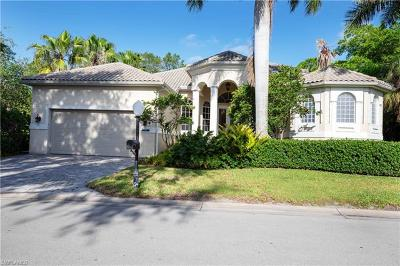 Fort Myers Single Family Home For Sale: 8509 S Lake Cir