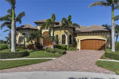 Marco Island Single Family Home For Sale: 423 Swiss Ct