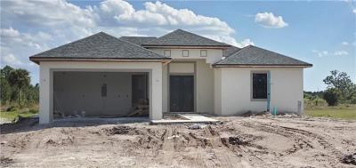 Naples FL Single Family Home For Sale: $294,999