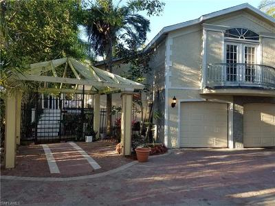 Bonita Springs Single Family Home For Sale: 10190 Carolina St