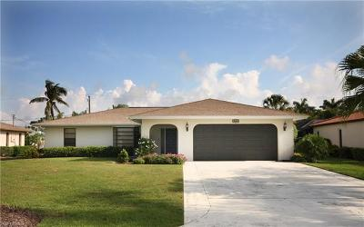 Bonita Springs Single Family Home For Sale: 3644 Tomlinson St