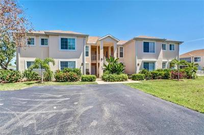 Bonita Springs Condo/Townhouse For Sale: 76 4th St #6-102
