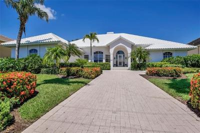 Marco Island Single Family Home For Sale: 465 Pepperwood Ct