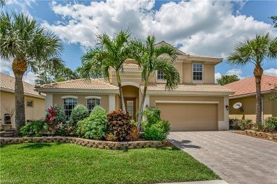 Naples Single Family Home For Sale: 15901 Delasol Ln