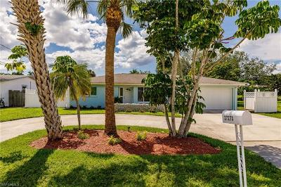 Bonita Springs Single Family Home For Sale: 27273 Buccaneer Dr