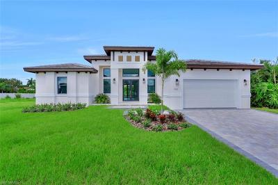 Marco Island Single Family Home For Sale: 140 Sand Hill St