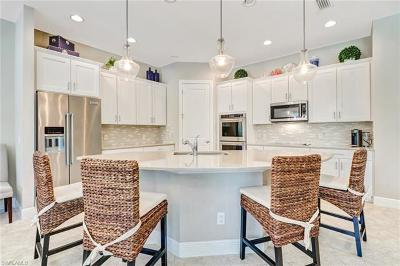 Naples Single Family Home For Sale: 4460 Tamarind Way