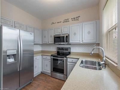 Fort Myers Single Family Home For Sale: 10328 Barberry Ln