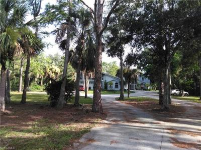 Golden Gate Estates Single Family Home For Sale: 521 NW 18th Ave
