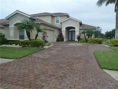 Naples Single Family Home For Sale: 6836 Il Regalo Cir