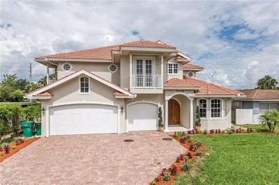 Naples Single Family Home For Sale: 5068 Cortina Ct