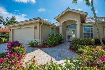 Naples Single Family Home For Sale: 686 Briarwood Blvd