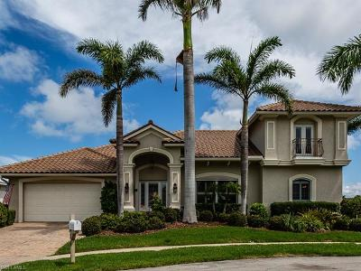 Marco Island Single Family Home For Sale: 1084 Dill Ct