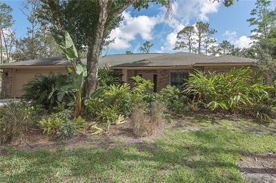 Naples Single Family Home For Sale: 5811 Golden Oaks Ln
