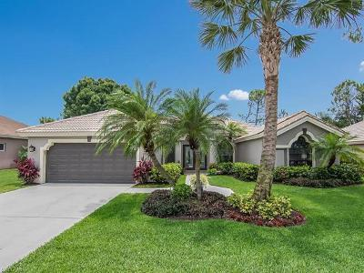Naples Single Family Home For Sale: 270 Sawgrass Ct