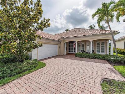 Naples Single Family Home For Sale: 4784 Martinique Way