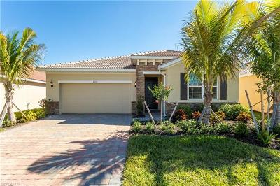 Fort Myers Single Family Home For Sale: 3291 Birchin Ln