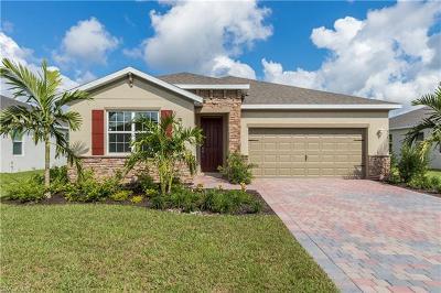 Cape Coral Single Family Home For Sale: 3191 Amadora Cir